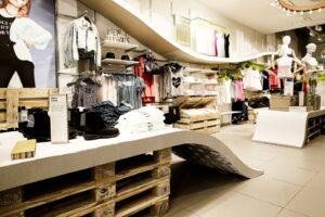 Retail-Shelves-7-Storage-by-HM